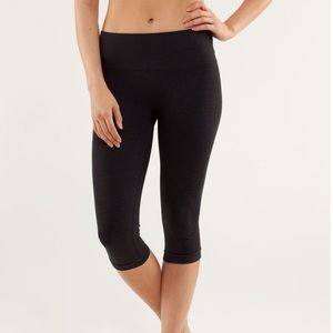 Woman's Light Gray LULULEMON Activewear Pant